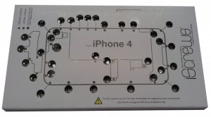 iScrews iPhone 4 Screw organiser tray holder